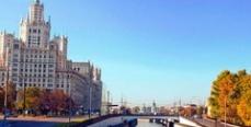 Москва: В Яузе всплывает мертвая рыба