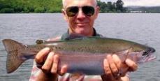 Иркутск: В Ангаре рыбаки ловят форель