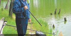 Карась в жаркий период лета: Снасти и техника ловли